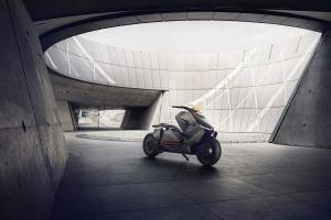 P90260578 lowRes bmw-motorrad-concept