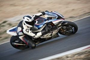 P90254377 lowRes bmw-hp4-race-04-2017