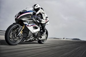 P90254392 lowRes bmw-hp4-race-04-2017