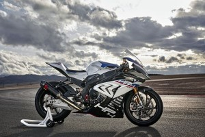 P90254419 lowRes bmw-hp4-race-04-2017