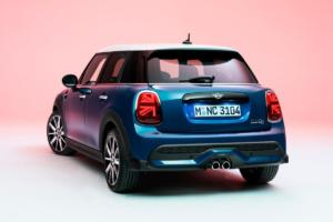 P90411670 lowRes mini-cooper-s-5-door