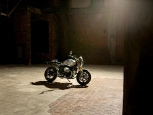 P90403685 lowRes bmw-r-ninet-option-7