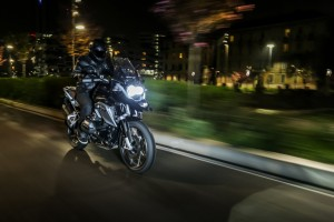 BMW-R-1200-GS-Triple-Black-3