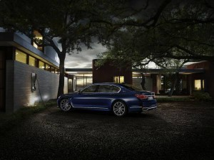 BMW-740Le-iPerformance-Individual-NEXT-100-Years-3