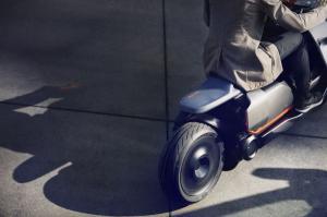P90260583 lowRes bmw-motorrad-concept