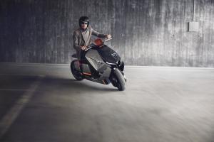 P90260584 lowRes bmw-motorrad-concept
