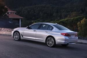 BMW-530e-iPerformance-2