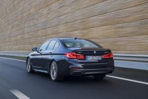 BMW-M550i-xDrive-M-Performance-BMW-Serie-5-G30-4